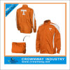 Hidden Hood를 가진 가득 차있는 Zip Orange Packaway Jacket
