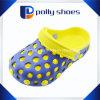 Zweifarbiges China-Großhandelskind EVA-preiswerte Garten-Schuhe