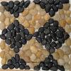 Плитка камня камушка черной и желтой мозаики отполировала