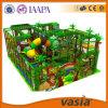 Parque interno do jogo de crianças do campo de jogos do tema da selva