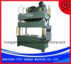 Una pressa idraulica da 400 tonnellate