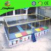Trempoline de trois lits avec l'échelle