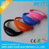 Wristband do silicone de RFID com a microplaqueta Tk4100/Em4200