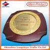 Récompense en bois de plaque d'écran protecteur de plaque des textes de gravure de plaque d'or de bâti