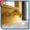 Goldene antike Art-Messingbassin-Hahn für das Badezimmer verborgen