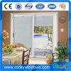 Окно белого цвета 70 серий алюминиевое сползая с строением в шторках