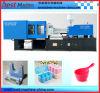 Kundenspezifische Küche gibt das Plastikformteil an, das Maschine herstellt
