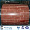 Bobine en aluminium enduite d'une première couche de peinture dans la configuration de brique