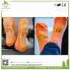 Calcetines de encargo antirresbaladizos del trampolín del apretón del último diseño, calcetines modificados para requisitos particulares con insignia