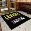 Couvre-tapis de porte estampé par nylon neuf d'étage de logo de marque de mode