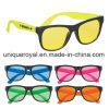 Lunettes de soleil caoutchoutées de lentilles teintées par protection d'UVA 100% et d'UVB