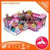 Equipamento interno macio do campo de jogos dos miúdos, centro do jogo, tema dos doces da área da criança para a venda