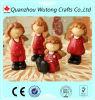 De hete Decoratie van het Huwelijk van de Engel van de Baby van de Hars van de Beeldjes van de Engel van de Hars van de Verkoop Rode Mini