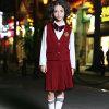 Uniformes sans manche de jupe de gilet de mode de coton de fille rouge faite sur commande d'école