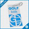 Tag do miúdo do golfe com uso da corda para a tela do vestuário