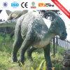 Сымитированная максимумом в натуральную величину робототехническая модель динозавра