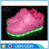 Le migliori scarpe da tennis di vendita dell'uomo di buona qualità merlettano in su i pattini del LED