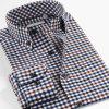 Ajuste delgado de tela escocesa del Mens de la caída del resorte de la funda larga ocasional de las camisas
