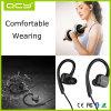 Nuova cuffia avricolare di Bluetooth di sport di disegno con l'amo dell'orecchio e magnetico