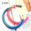 Rosafarbene u. blaue Decklack-Bleistift-Form-Stulpe-geöffnete Armband-Armbänder