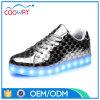 2017 OEM van de Schoenen van de Fabrikant In het groot Goedkopere LEIDENE Verlichting op de Schoenen van de Vrouwen van Schoenen