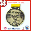 Подгонянная мягкая гонка бегунка случая марафона эмали награждает медаль металла