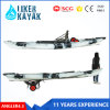 Отдых 2-Места рыбацкой лодки Kayak рыболовства сидит на верхнем Kayak