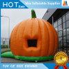Bouncer pequeno da abóbora inflável à terra do jogo do partido de Halloween