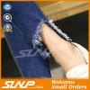 Alti pantaloni del Jean della vita della nuova donna di modo con il foro
