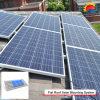 Montaje de los paneles solares de la azotea de la potencia verde (NM0199)