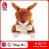 Мягким заполненное плюшем животное игрушки кенгуруа
