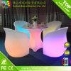 LEDによって照らされる家具の結婚式の表および椅子