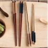 Do Woodiness natural aguçado dos Chopsticks do Japonês-Estilo de Zakka Chopsticks portáteis dos utensílios de mesa do sushi