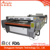 1680 Clothのための自動CNC CO2レーザーEngraving Cutting Machine