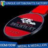 Medaglia poco costosa del metallo di sport del Triathlon del nuovo prodotto 2015 con il nastro