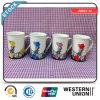 Tasses blanches personnalisées de porcelaine de conception de bonne qualité