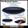 Altavoz sin hilos de Bluetooth del rugbi con la talla dos