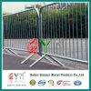 Временно барьер проезжей части барьера загородки