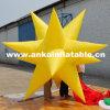 Estrella colgante inflable ligera del LED para las decoraciones