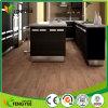 Suelo ULTRAVIOLETA del vinilo de madera plástico de reducción de ruido incombustible antirresbaladizo del PVC