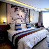 100%年の綿綿繻子の刺繍が付いている白いホテルまたはホーム寝具セット