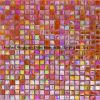 Mosaico de cristal del color del arco iris de fondo de la pared