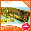 Castelo impertinente das crianças atrativas, equipamento do parque de diversões com delicado