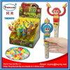 Scimmie della maniglia che giocano i giocattoli della caramella dei gong