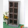 Coffret d'étalage en verre en bois blanc rustique de cru de salle de séjour
