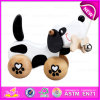子供Toddler Wooden Dog Pull Along Toys、Wooden Baby PushおよびPull Dog Toy W05b106