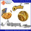 Bocados de Kurkure Cheetos que hacen la máquina del estirador