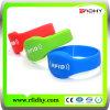 ¡Conseguir las muestras libres! Wristband plástico/pulsera de RFID