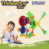 Le plastique d'intérieur éducatif de chevreaux assemblent des jouets