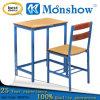 Tabela e cadeira de madeira do estudo para a mobília de escola